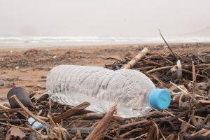 bouteille plastique bouchon bleu